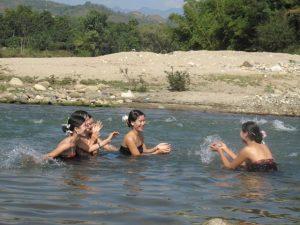 Tục tắm tiên của người Thái